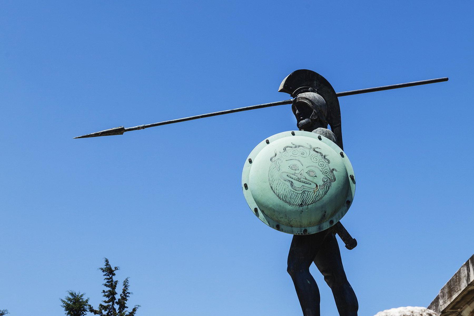 άγαλμα του Λεωνίδα στις Θερμοπύλες